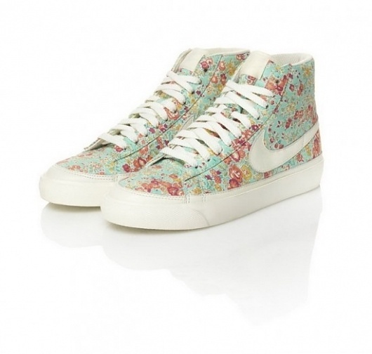 Liberty x Nike Sportswear Collection | Fubiz™ #nike #pattern #shoe