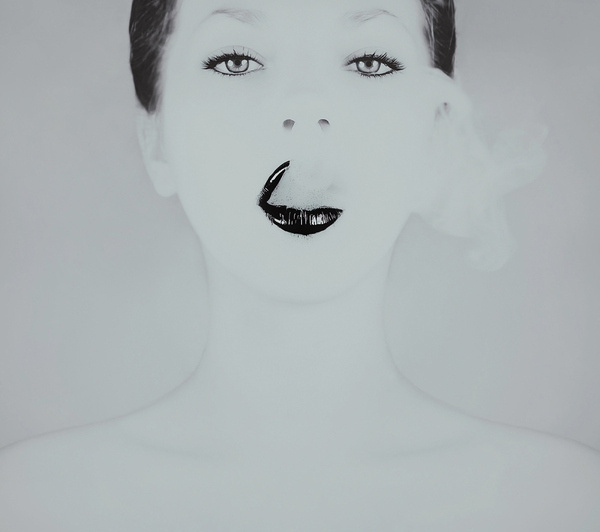 Photograph Carbon by Leslie Ann O'Dell on 500px #white #smoke #girl #lips #black #photography #portrait #and #smoking #beauty