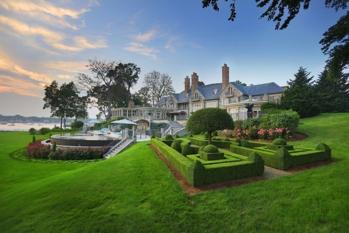 Striking $30,000,000 Estate With Beautiful Gardens And Relaxing Views #architecture