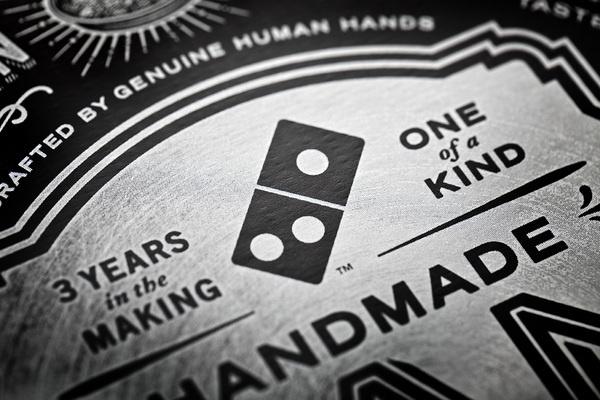 Domino's Pan Pizza #white #black #dominos #box #pizza #circle #badass
