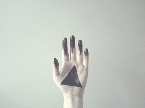 FFFFOUND! | Filth Flarn Filth #black #geometric #paint #photography #triangle #hand