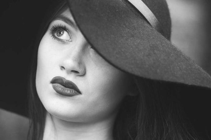 Emotional Portrait Photography by Jade Greenbrooke