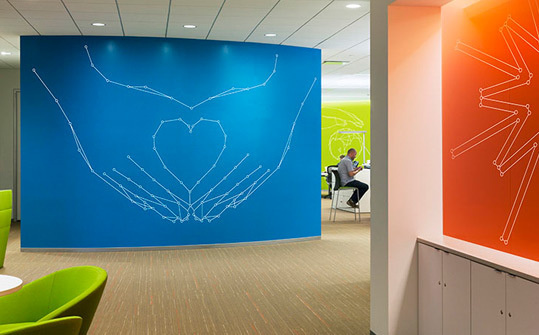 GlaxoSmithKline US HQ. Designed by Pentagram @enviromeant.com #graphics #wall