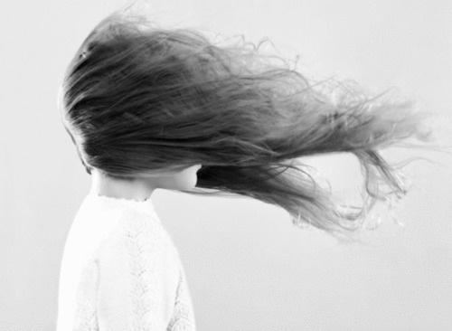 Gepinde afbeelding #white #black #hair #photography #portrait