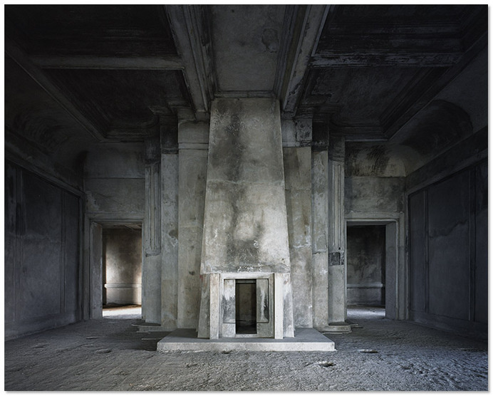 http://www.tochtermann.fr/files/gimgs/56_bokor02.jpg #bokor #cambodia #abandoned #architecture #tochtermann
