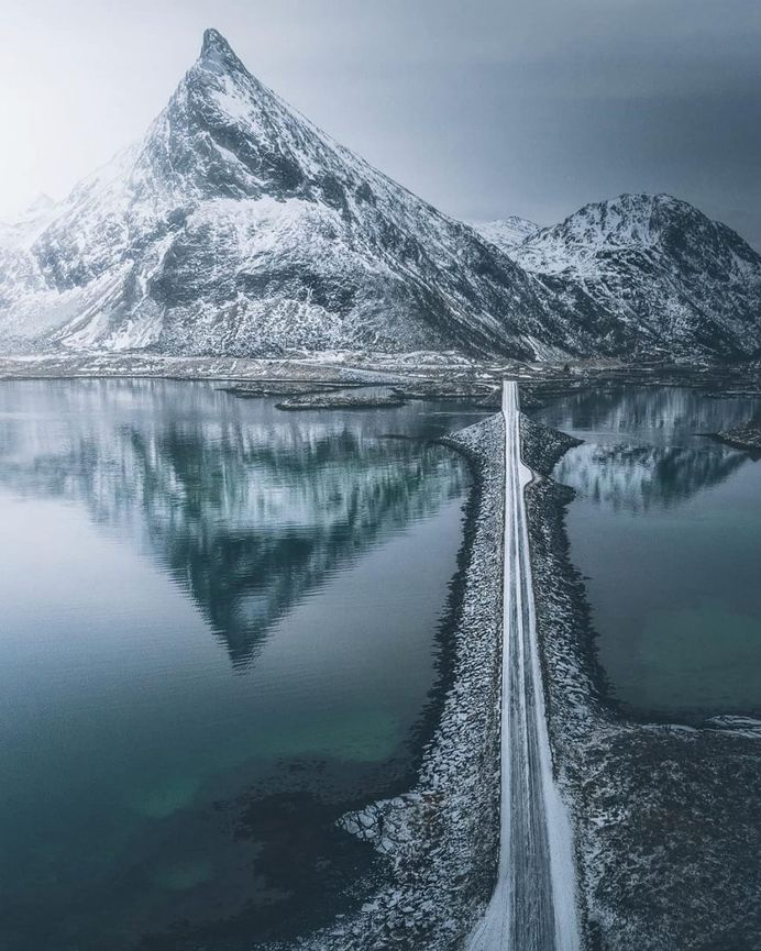 Stian Klo Captures The Most Beautiful Places in Lofoten Islands