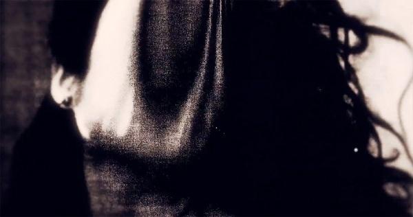 YYY Facemelt - iamalwayshungry #video #design #motion #girl