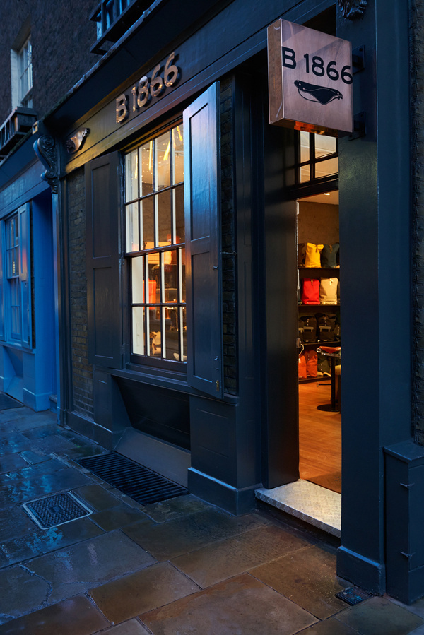 Brooks Saddle London Store #copper #design #store #bike #cycling #brooks #green
