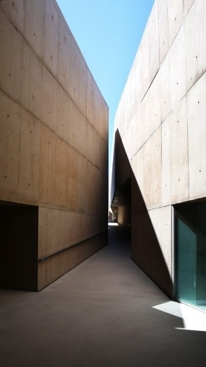 Architecture Photography: Museum of Art and Archaeology of the Côa Valley / Camilo Rebelo - Museum of Art and Archaeology of the Côa Valle #archeology #stone #museum #of #portugal #architecture #art #and #light