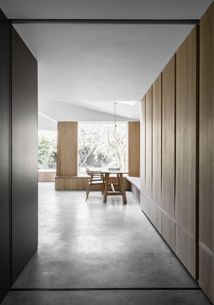 Kew by McLaren.Excell