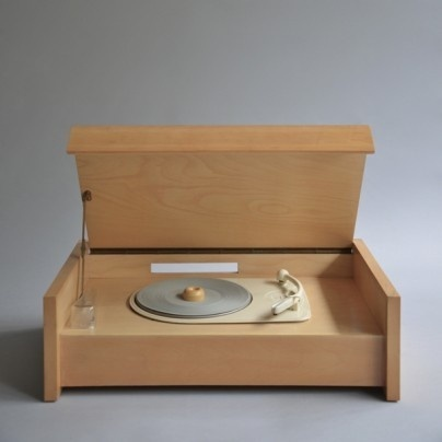 Braun G 12 (Valvo chassis) #turntable #design #player #record #wood #product #industrial