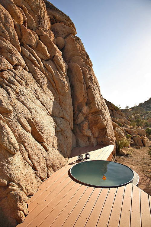 Rock Reach House, Mojave Desert in California #landscape #wood #pool #architecture #usa #desert