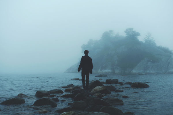 Photography by Gurbir Grewal (16) #ocean #fog #photography #silhouette #man