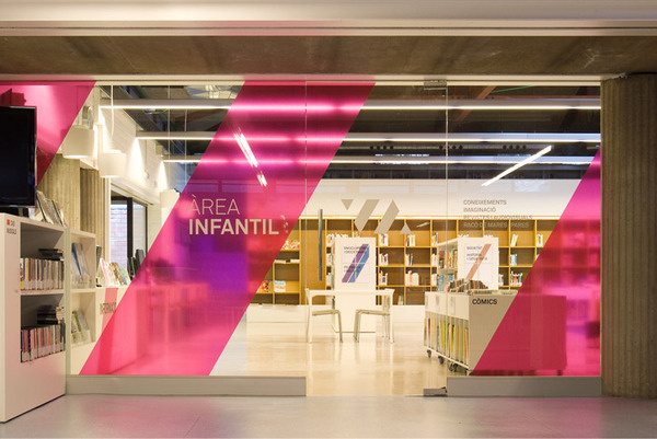 Vicente Aleixandre library signage system #sign #way #finding #vinyl #signage