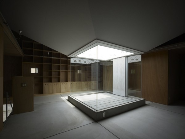 """Image Spark Image tagged """"natural light"""", """"wood"""", """"glass window"""" Ivo_ #houses #courtyards #interiors #architecture"""