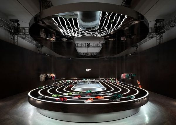 new product 8baaf 1bf1d Nike Free 2013 installation by Studio at Large  stadium  nike  retail