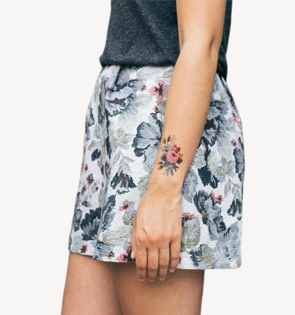 Floral Set Collection of 8 Temporary Tattoos #floral #skirt #tattoo #fashion #flowers #grey