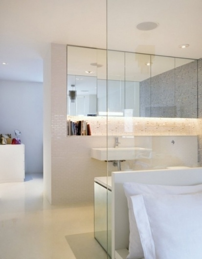 Simply Grove #interior #white #design #bathroom #architecture