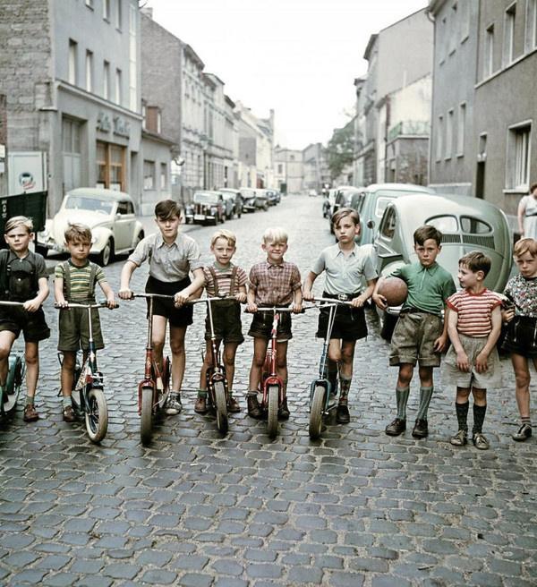 Vintage Photography by Josef Darchinger #inspiration #photography #vintage