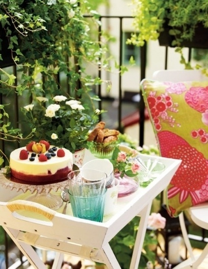 Volang #interior #design #decoration #flowers