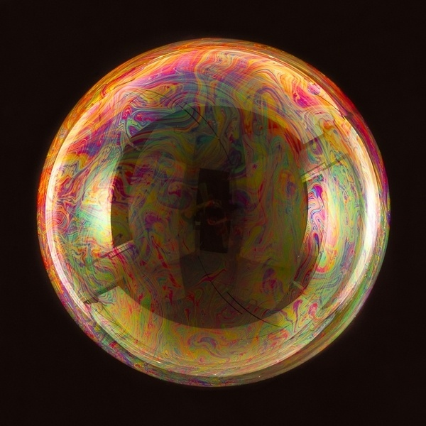 Enormous Bubbles Photographed by Bjoern Ewers » Design You Trust – Design Blog and Community #bubble #circle #colorful