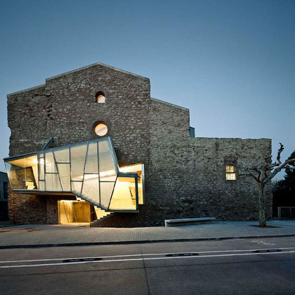 Dilapidated Sant Francesc Church Reinvented by David Closes // Santpedor, Spain.   yellowtrace blog » #old #light #architecture #new