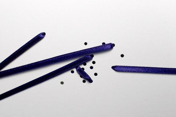 Kopenhagen Fur | Re public #lines #dots #conncetion #purple #art #lace