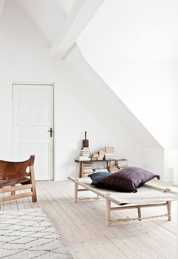 Vintage and Modern Scandinavian Interior Design Pieces are Combined With Vintage Moroccan Rugs #interior #modern #scandinavian #minimal #vintage