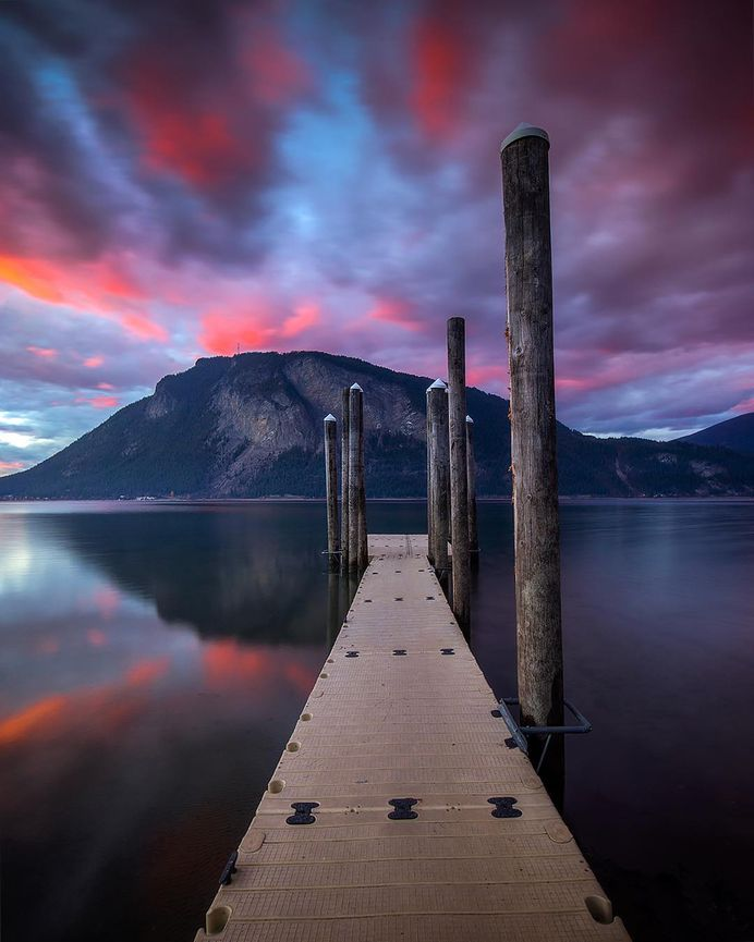 Magnificent Landscapes of Canada by Sarah Lyndsay