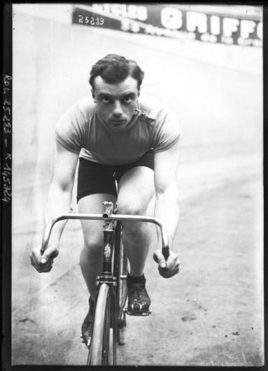 Portrait-Photo-Male-bicyclist-photo.jpg (504×697) #photography