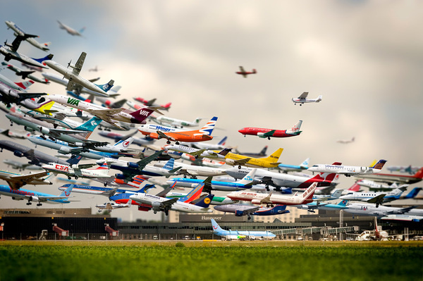 30 second time lapse of airplanes landing at san diego airport #timelapse