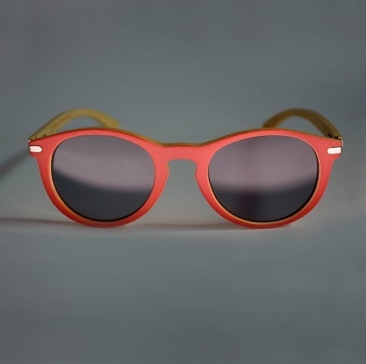 Rockwell, Waiting for the sun by Parra » Design You Trust – Social design inspiration! #sunglasses