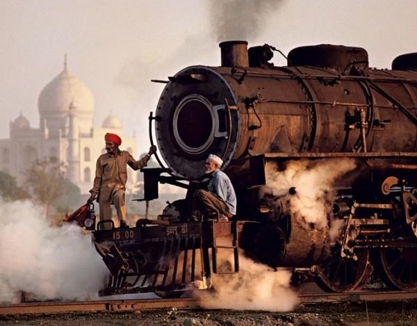 Trains Steve McCurry14 #india #photography #railway