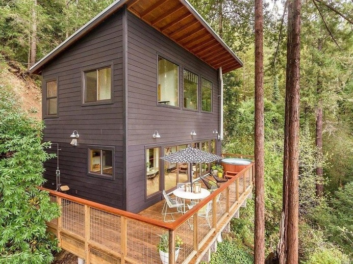 Russian River Cabin with Mid-Century Modern Design