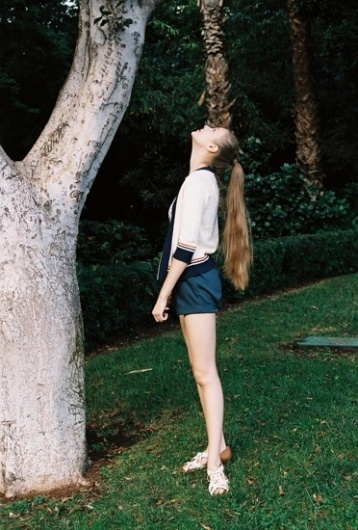 tumblr_la3q7q7jdO1qbabgro1_400.jpg (372×550) #fashion #photography #film