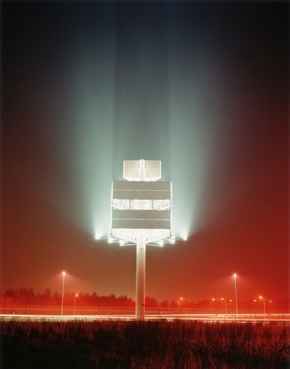 Dan Holdsworth | Fubiz™ #foggy #lighting #field