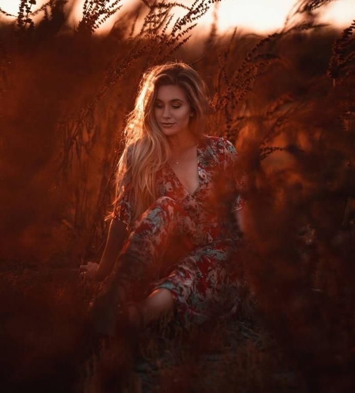 Gorgeous Lifestyle Portrait Photography by Nick Schultz