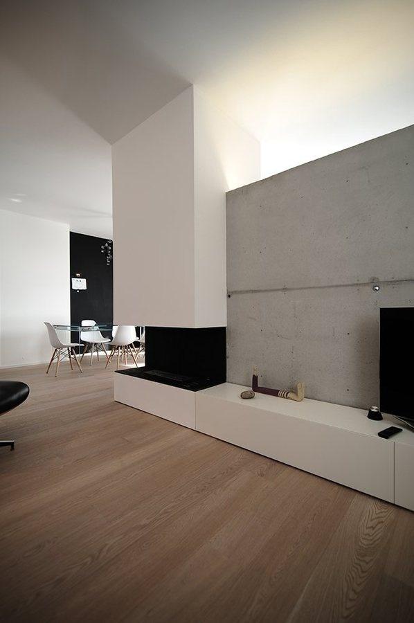 house SD, Rosà Rosa', 2012 #interior #concrete #home #wood #fireplace #eames