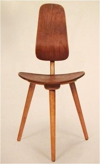 TREVOR TRIANO #wood #design #chair #modern