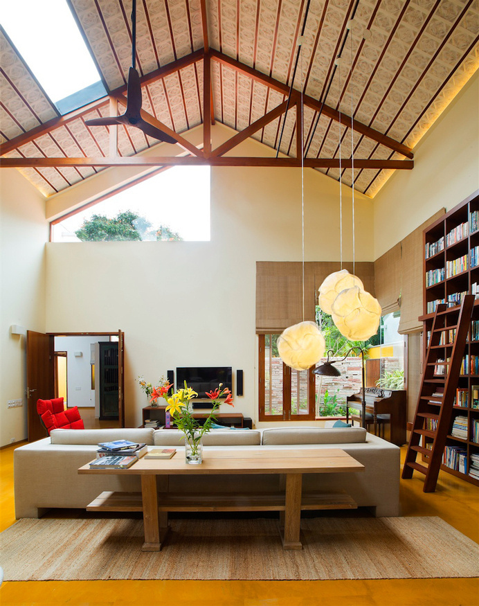 Library House contemporary architecture and nostalgic air - www.homeworlddesign. com (11) #architecturea #india #interiors
