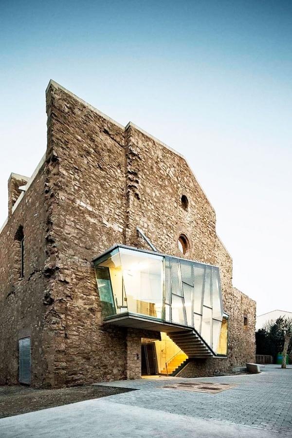 The auditorium of Sant Francesc by David Closes #architecture