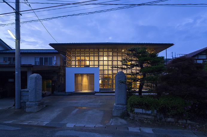Grid House by LIFE STYLE KOUBOU #minimalist #house #minimalism