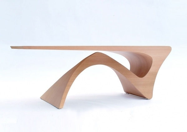 Form Follows Function Table | Daan Mulder