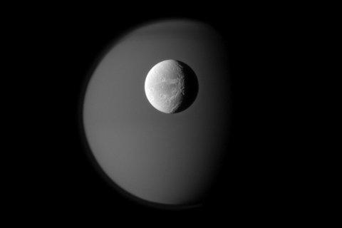 FFFFOUND! #dione #saturns #planet #moon