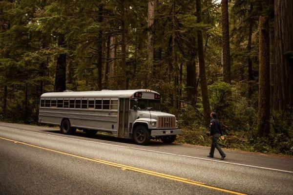 Transform a School Bus into a Living House #bus #school #living #house