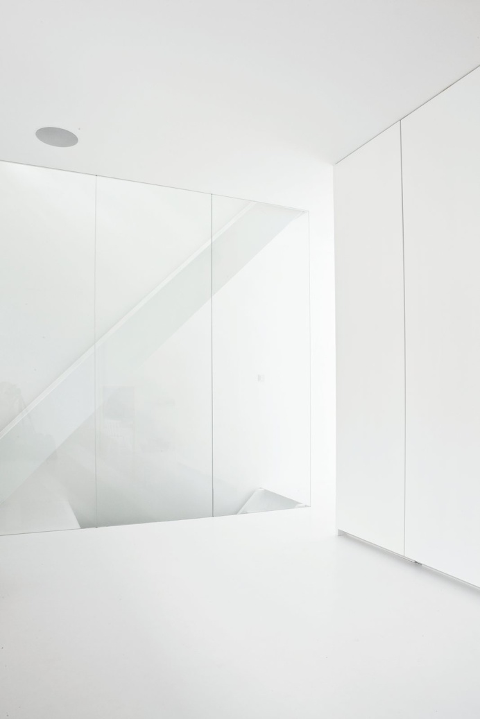Transparent stairwell. Copenhagen Townhouse II by Norm.Architects. #stairwell #normarchitects #minimal