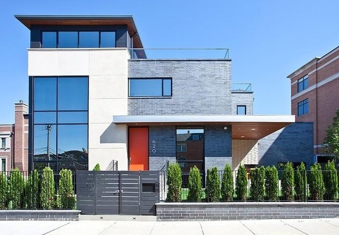 Modern House Nearby Lake Michigan With a Sense of Verticality by Joseph Trojanowski #lake #architecture #modern