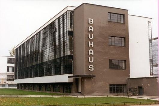 bauhaus.jpg 589×395 pixels #building #architecture #modern
