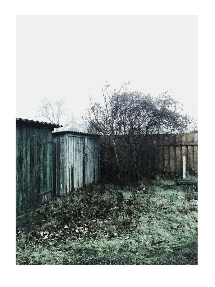 #garage #color #vsco PHOTOGRAPHIE © [ catrin mackowski ]
