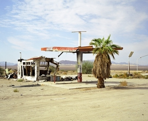 Every reform movement has a lunatic fringe #photography #gas #station
